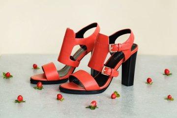 Клубничный красный - цвет лета