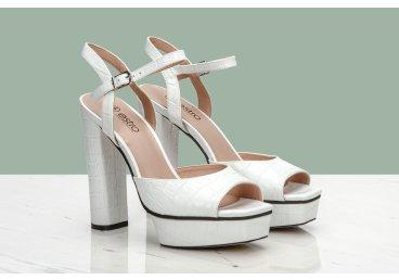 Босоножки на каблуке Estro ER00107037