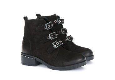 Ботинки демисезонные Estro ER00103355