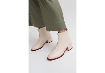 Ботинки с кожаной подкладкой Estro ER00108236