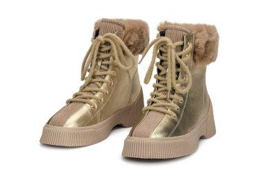 Ботинки зимние Estro золотые ER00105829