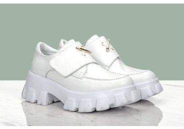 Туфлі жіночі Estro білі ER00107349