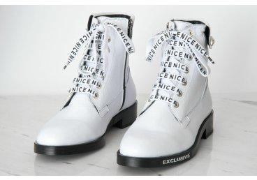 Ботинки женские Estro белые ER00105762