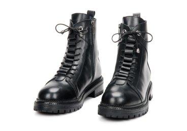 Ботинки зимние Estro чёрные ER00106333