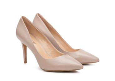 Туфлі човники Estro бежеві ER00106780