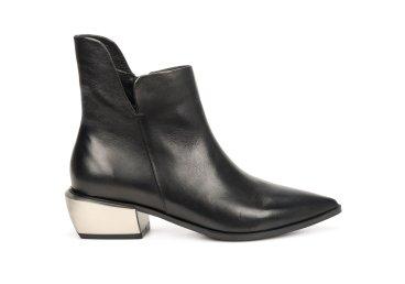 Ботинки демисезонные Estro чёрные ER00106617