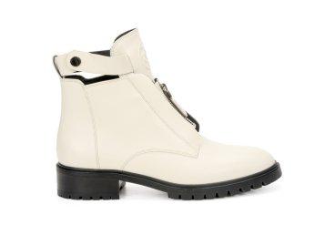 Ботинки демисезонные Estro молочные ER00106692