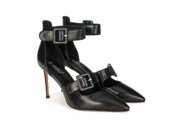 Туфли на шпильке Estro чёрные ER00104347