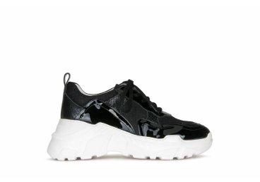 Лаковые кроссовки Estro ER00104131