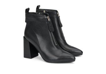 Ботинки женские демисезонные Estro чёрные ER00108039