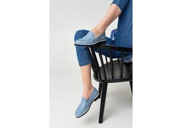 Лоферы голубые Estro ER00109227
