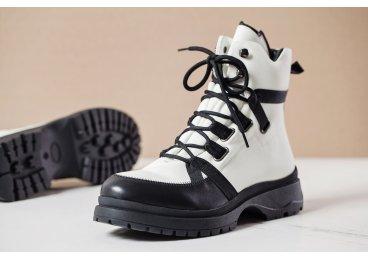 Ботинки женские Estro белые er00105994