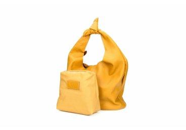 Сумка шоппер кожаная Estro желтая er00104474