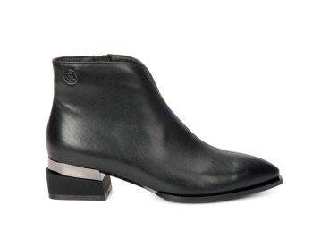 Ботинки демисезонные Estro чёрные ER00106444
