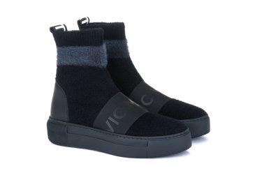 Ботинки демисезонные Vic Matie чёрные ER00103574