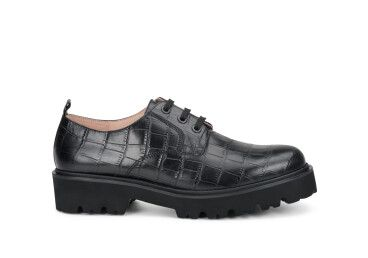 Туфли дерби женские Estro чёрные ER00108002