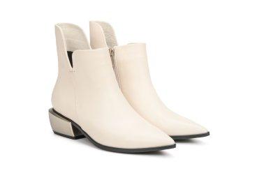 Ботинки демисезонные Estro молочные ER00106618