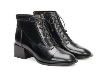 Ботинки демисезонные Estro чёрные ER00106441