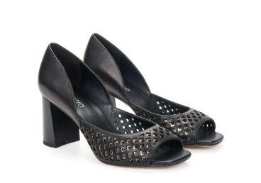 Босоножки женские Estro чёрные ER00107673