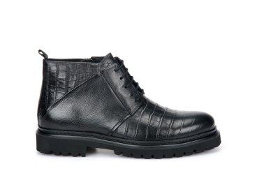 Ботинки зимние Estro чёрные ER00106128