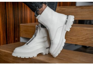 Ботинки демисезонные Estro белые ER00106423