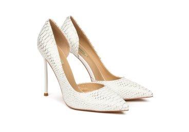 Туфли белые estro er00105244