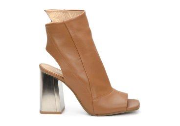 Босоножки на каблуке Estro коричневые ER00107101