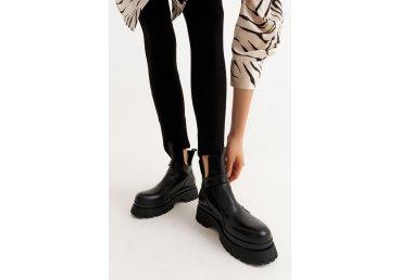 Ботинки черные Estro ER00110181