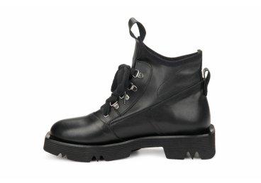 Ботинки демисезонные Estro черные ER00105770