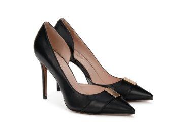 Туфли черные на шпильке estro er00104775
