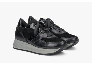 Кроссовки чёрные Estro ER00108183