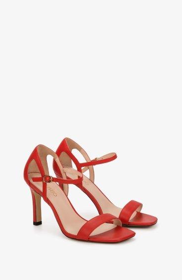 Босоножки женские Estro красные ER00107772