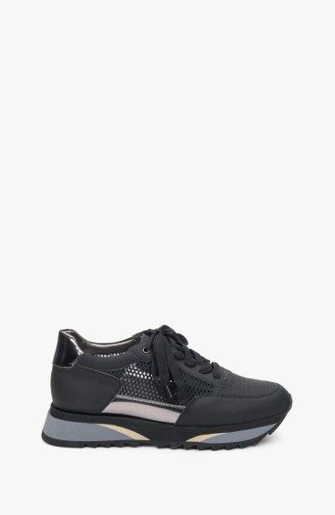 Кросівки чорні Estro ER00109059
