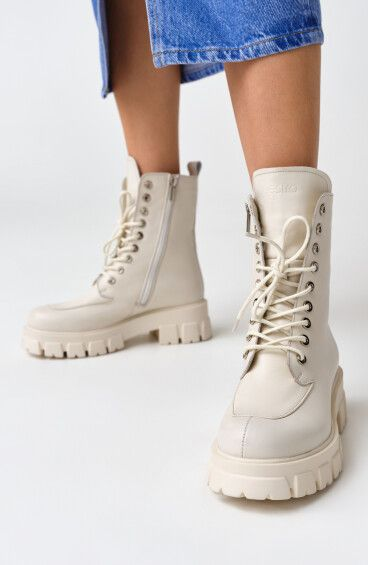 Ботинки молочные Estro ER00108999