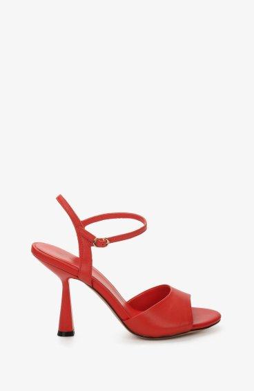 Босоножки женские Estro красные ER00107678