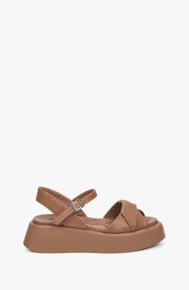 Босоніжки коричневі Estro ER00109608