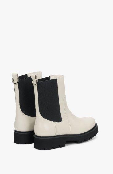 Ботинки молочные Estro ER00108289