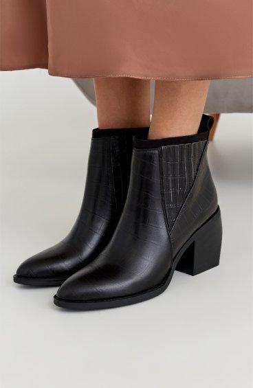 Ботинки черные Estro ER00108713