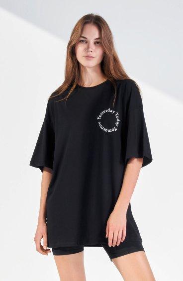Чорна футболка ER00109949