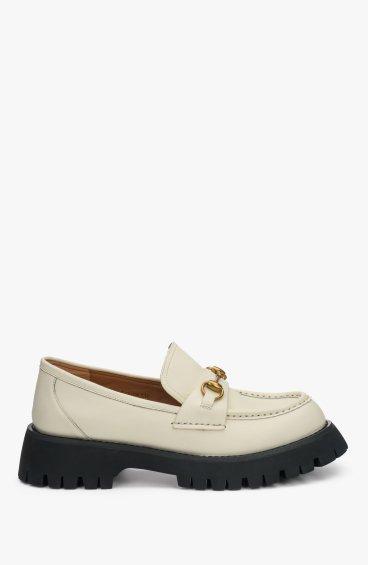 Туфлі молочні Estro ER00108321