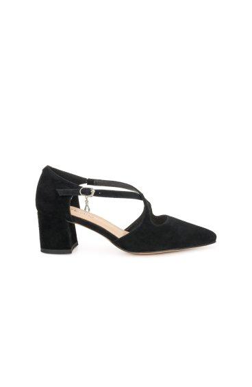 Туфлі жіночі Estro чорні ER00106417
