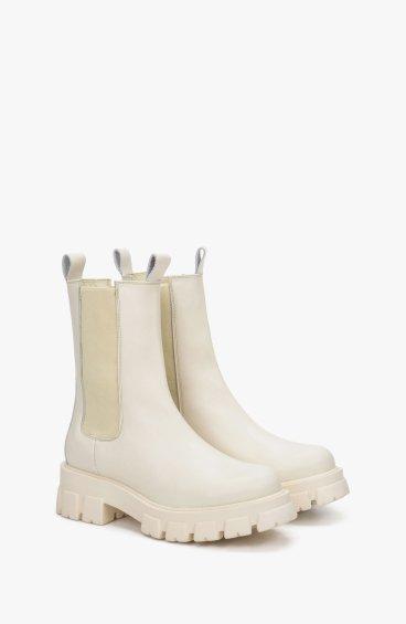 Ботинки молочные Estro ER00109003