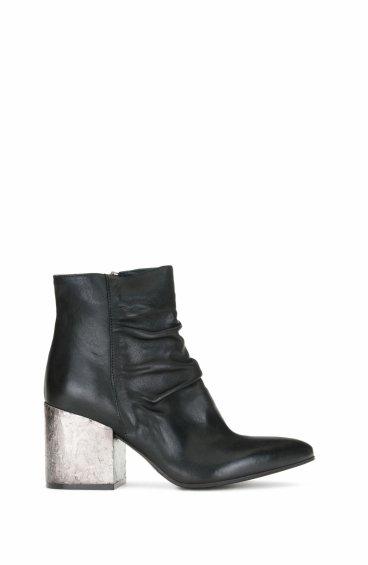 Ботинки кожаные Fru.it чёрные ER00104010