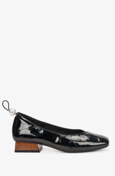 Туфли черные Estro ER00106776